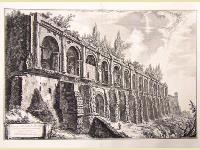 Avanzi della villa di Mecenate a Tivoli costruita di travertini a opera incerta.